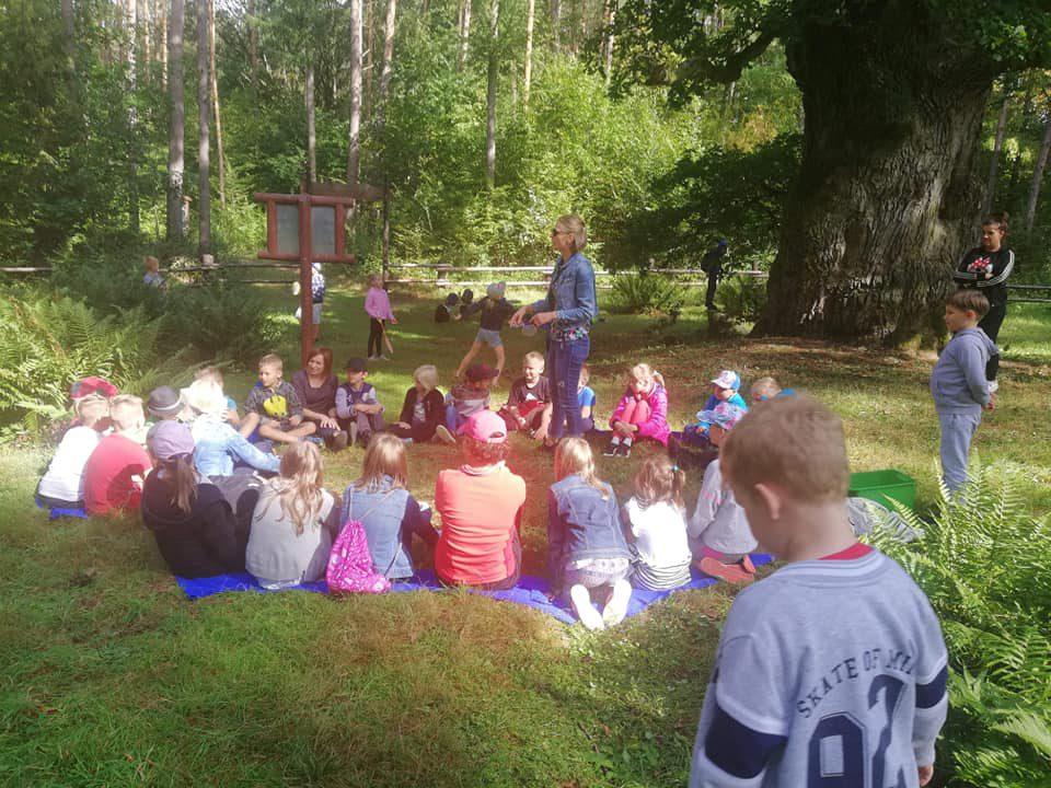 Wyjazd integracyjny-pierwsze zajęcia w szkole