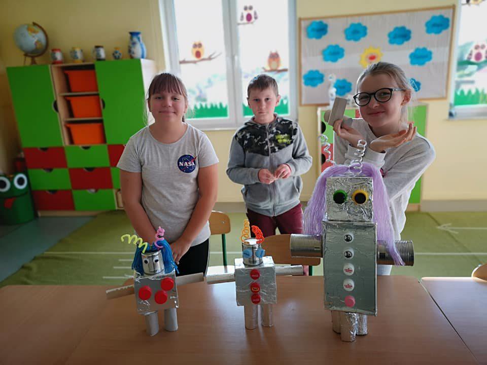 Roboty – zajęcia z WKT
