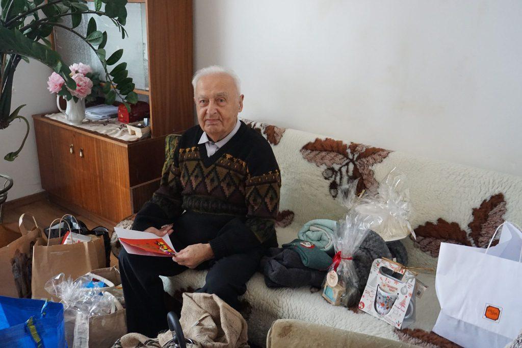 Świąteczna paczka dla Seniora